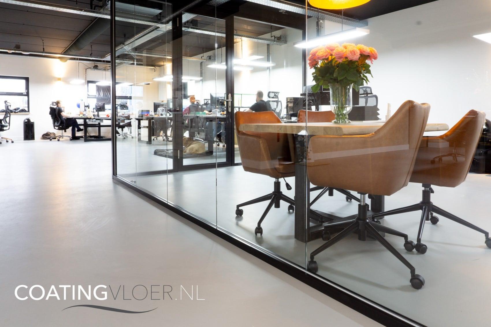 Gietvloer in kantoor Almere