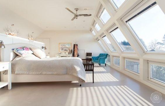 Klassieke slaapkamer met gietvloer
